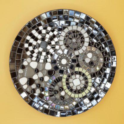 unieke mozaiekschaal zwart/wit
